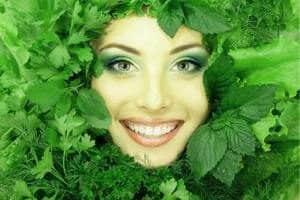 Маска от веснушек из зелени